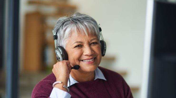 Call center employee