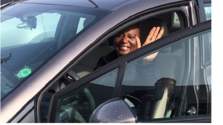 image of Vern in her car